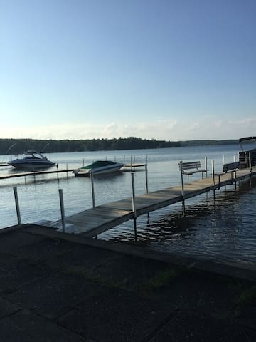 Lake Winnipesaukee Cozy Cottage - Gilford - Chalet