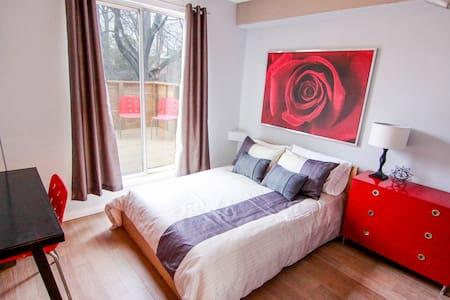 Room w Terrace - Luxury Annex House