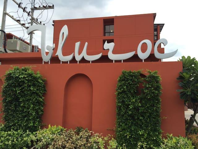 Huahin Bluroc morocco style in the heart huahin