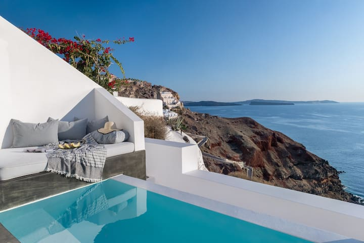Sunset Suite with Heated Plunge Pool