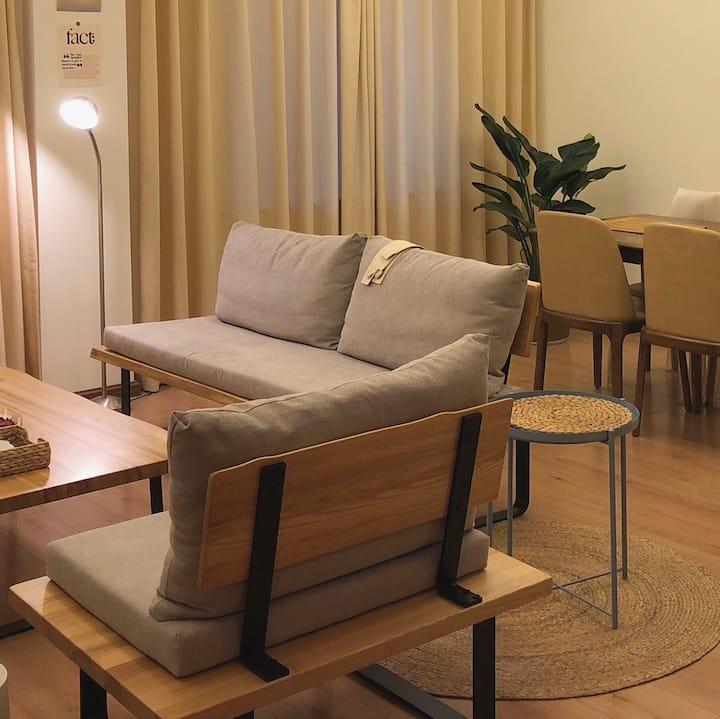Riverside Apartment-乐山港滨江风情公寓 2-5人【三江汇流处,观景美食绝版地段】