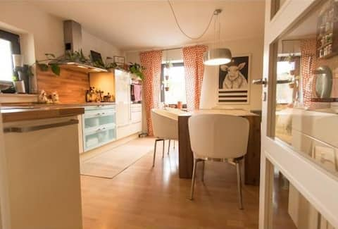 Furth im Wald - moderne, helle Wohnung mit Balkon