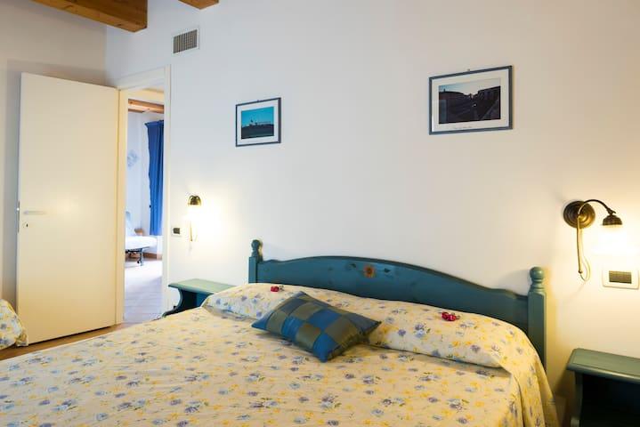 Agrit. Case al sole (Girasoli) - Loreto - Apartment