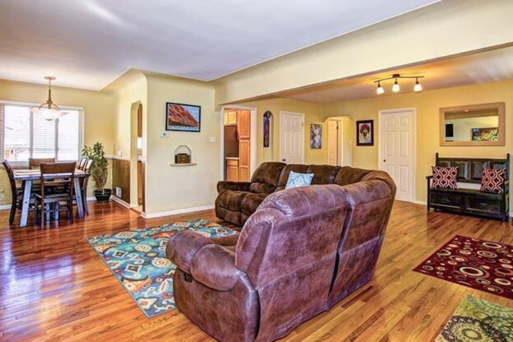 2 bedrooms 1 bath in a 4br 2bth houses for rent in for The family room wheat ridge