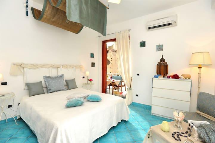 Bedroom + Private terrace