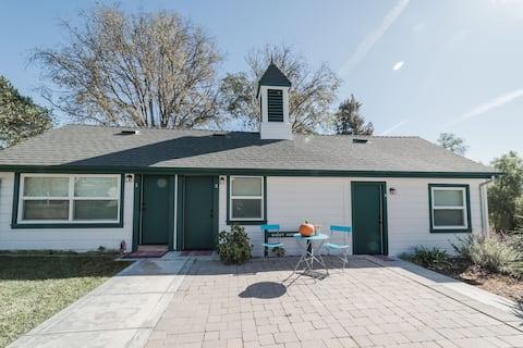 Paicines Ranch Guest Cottage 1