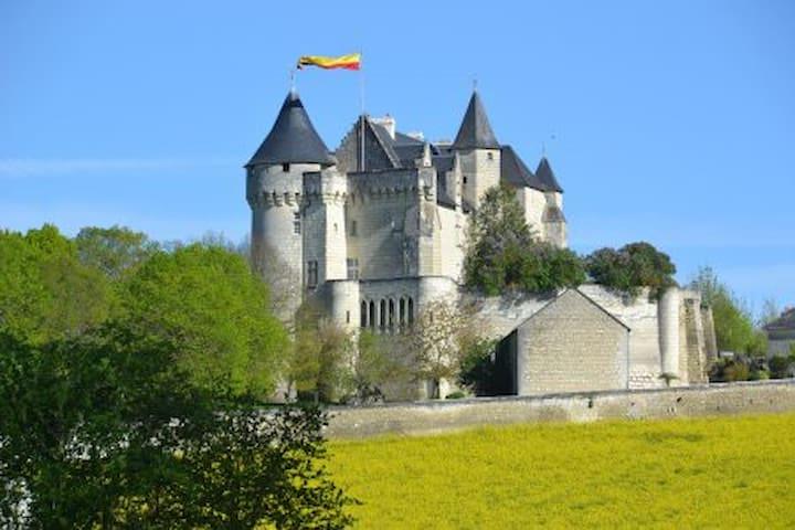 Chambre Geoffroy du Bec, Usseau - Usseau - Kastil