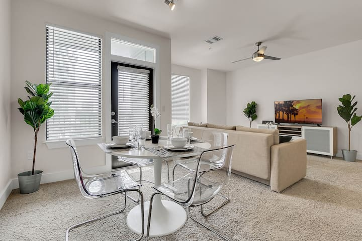 NUOVO | Great 1bed/1bath in the heart of Downtown