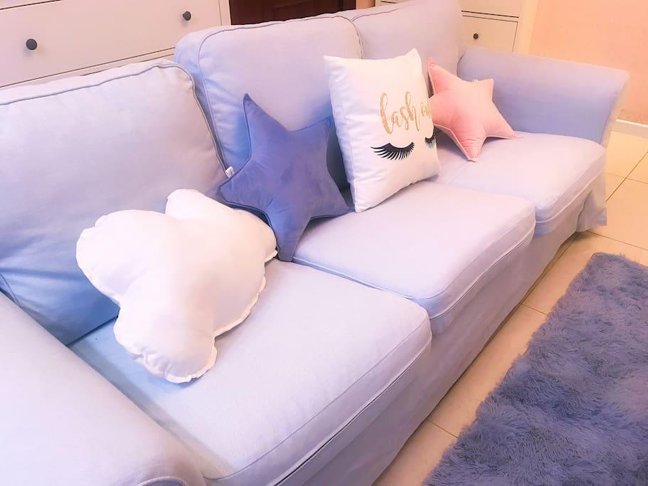 粉蓝色沙发