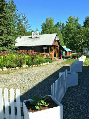 Charming historic downtown cabin - Talkeetna - Chalet