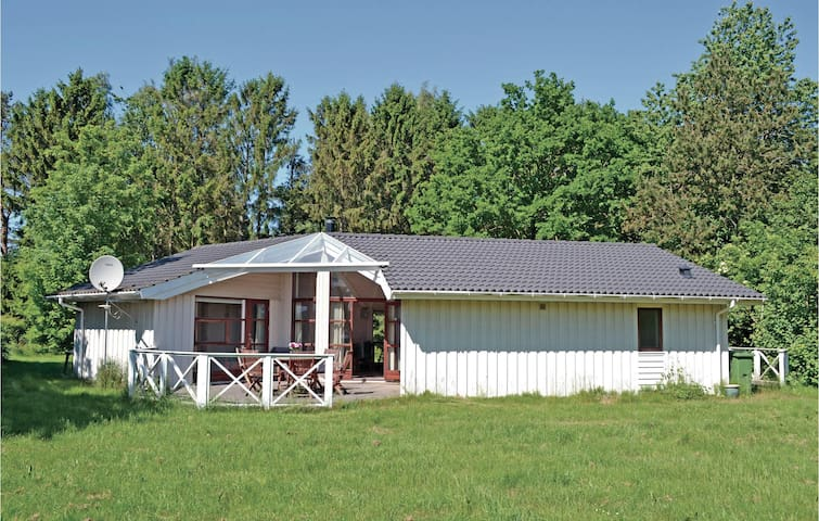 Holiday cottage with 3 bedrooms on 97m² in Vejby