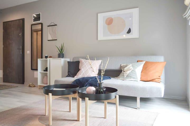 White Tulip Villa - Brooklyn Apartment