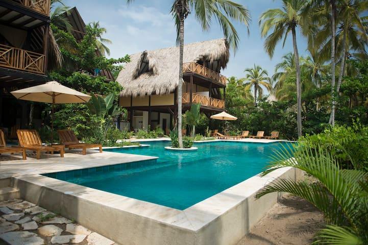 Cayena Beach Villa (Frente del mar, cerca Tayrona) - Guachaca - Daire