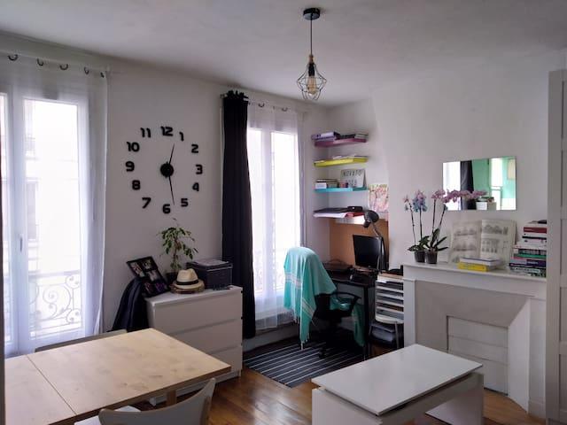 Charmant studio très bien situé