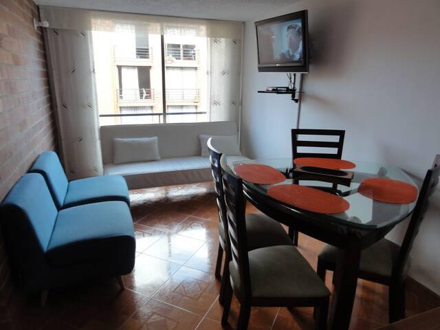 Apartamento de 3 alcobas con ,salacomedor parqueo - Bogota - Apartament
