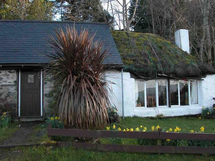 Thatch cottage, Craig Highland Farm, Plockton 3 ml