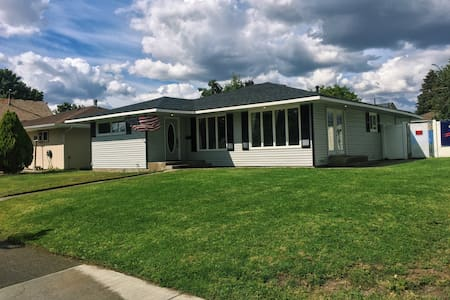 Great Gonzaga Area Home! - Spokane