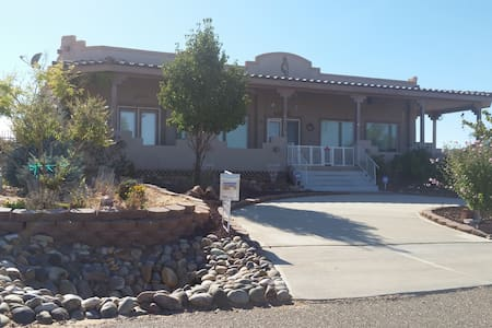 Lake Powell Dream Vacation Home in Greenehaven, AZ - Page - Talo