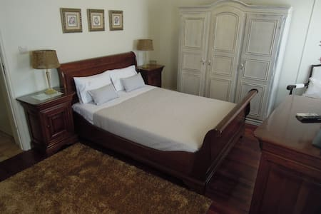 Ester Guest House - Chaves - Guesthouse