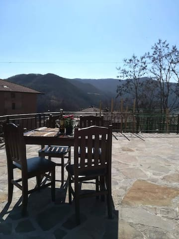 Relax in the evening on the private terrace and watch the sun set with a glass of wine overlooking the Rhodope Mountains