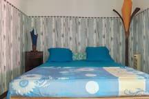 La chambre climatisée créole bleue