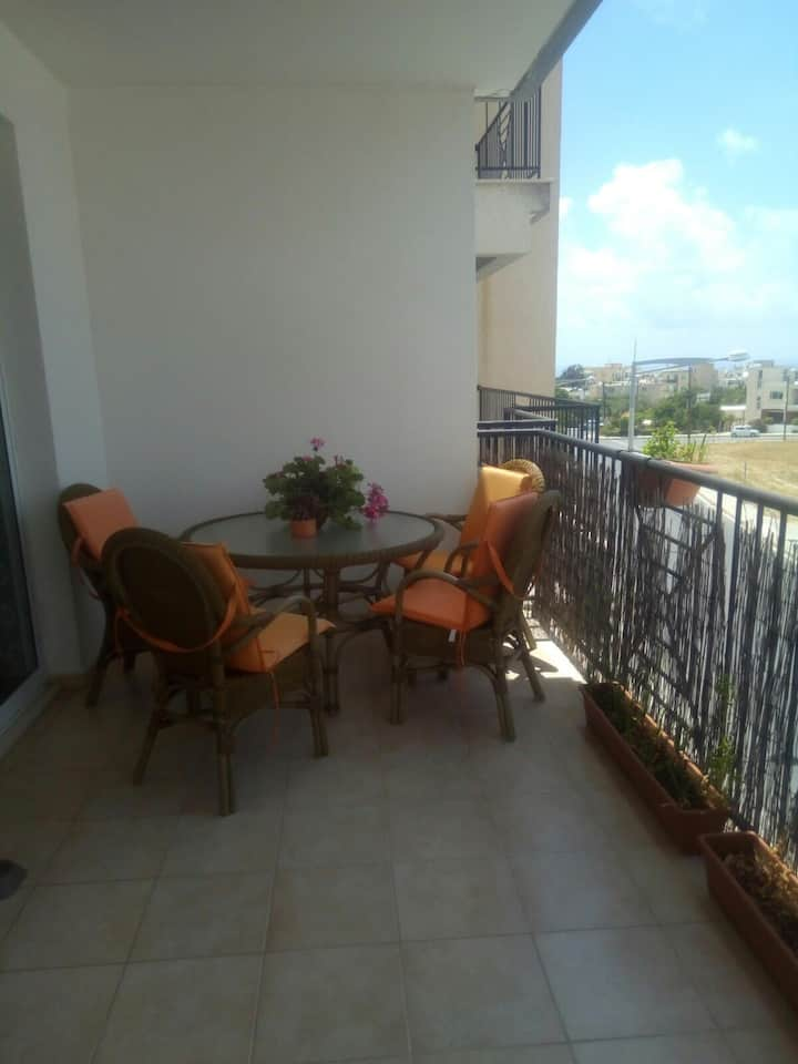 90 sq.m apartment with excellent location
