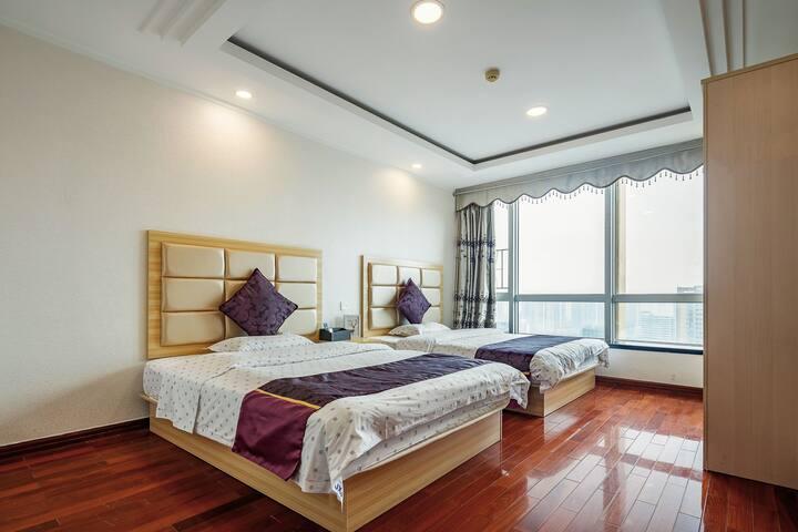 【嘉佳公寓】景观双床房,温馨现代简约精装独立空调,百兆wifi,24小时热水供应,床上用品和洗浴用品