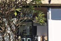 Flor de Cebo Entrance