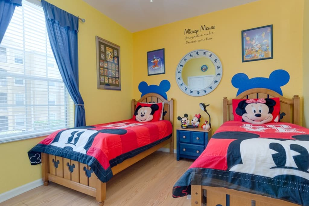 The kids will LOVE this Mickey Mouse themed Disney bedroom