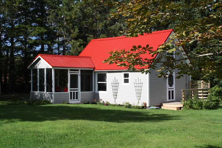 Red Point Cottage