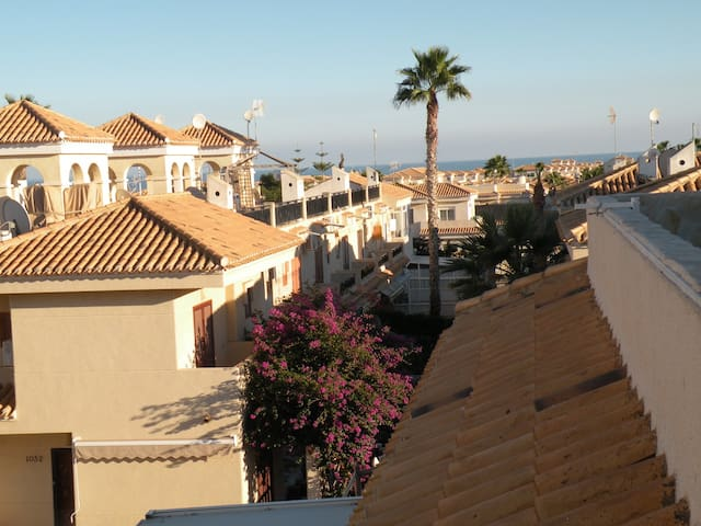 Affordable Villa for 6-8 persons - Orihuela - Hus