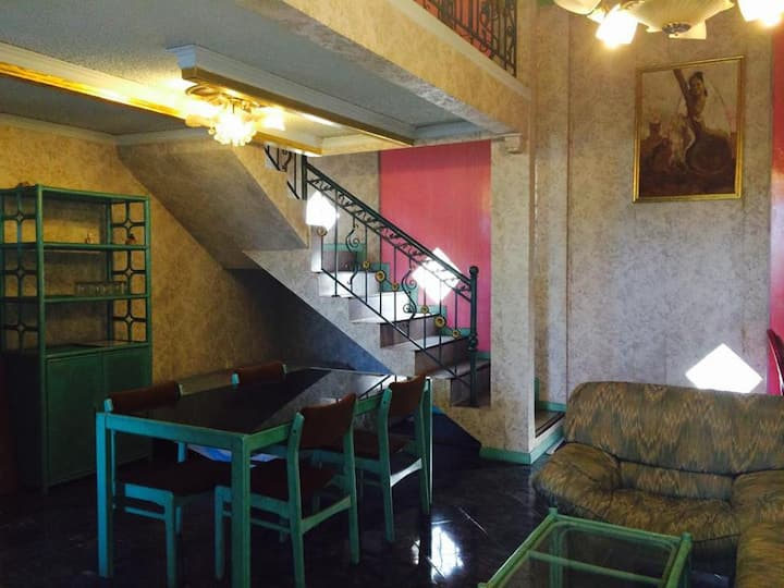 Guesthouse Kos Jakarta (Shalimar room)