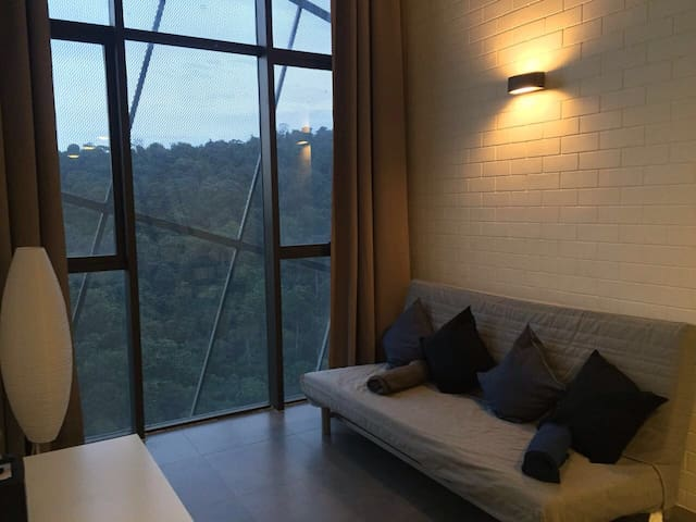 Duplex SAFEHOUSE @ Empire Damansara - Petaling Jaya - Loteng Studio