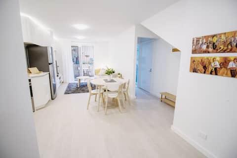Bright new apartment - 1BD 1BA - West Leederville