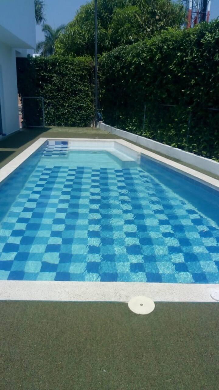 Casa Con piscina Girardot
