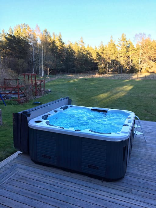 New for 2018: hot tub!