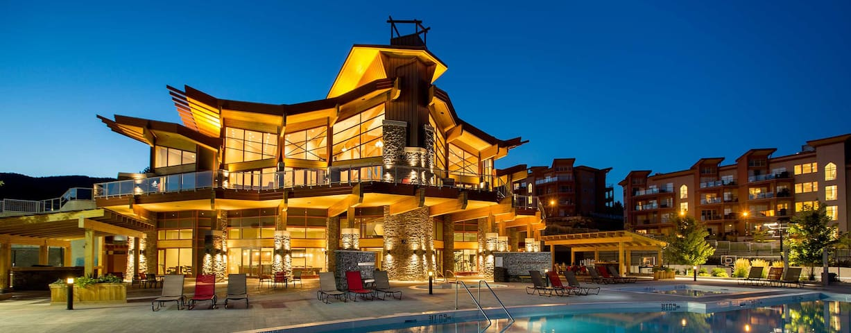Luxury Resort Condo In The Heart of Wine Country - West Kelowna