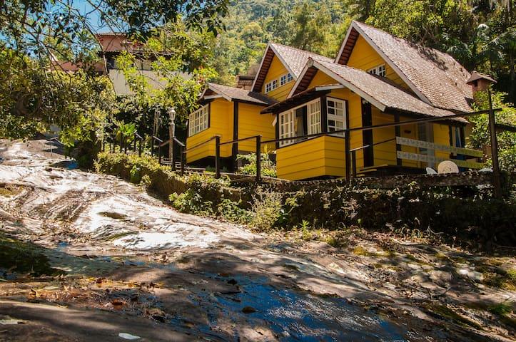 Chalé Lua: Natureza, Cachoeira, Lareira e Hidro