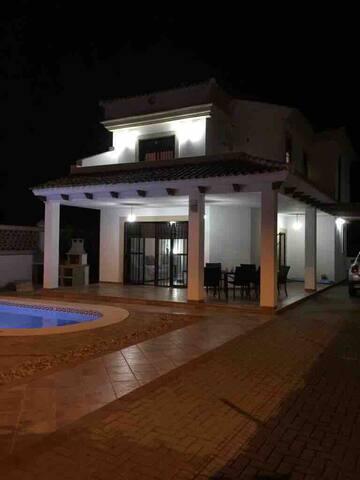 Maravilloso Chalet en Ayamonte con piscina privada