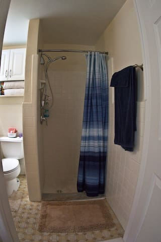 Nice shower! & private bathroom. Towels included!