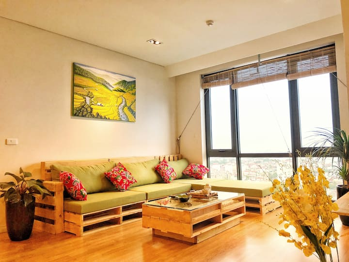 3 BEDROOMS WITH SPLENDED RIVER VIEW APARTMENT