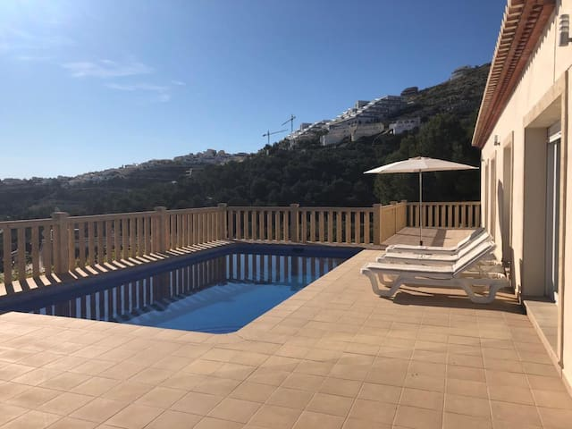 Villa Zoe-4 bed-New dates available in Jul & Aug!!