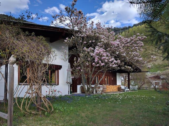 Otto Handle Haus, 170 m² auf 2 Etagen i Gartenland - Ried im Oberinntal - House