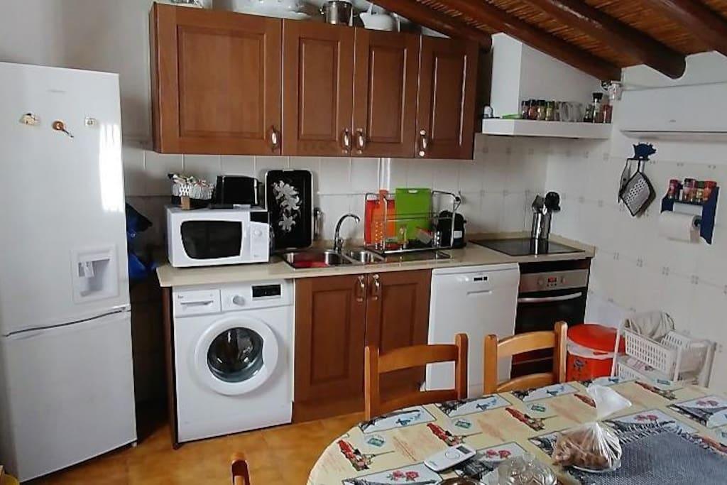 Cozinha, vista aparelhos