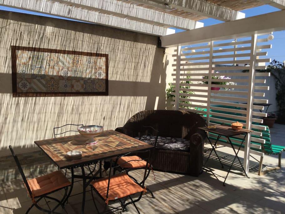 Zona pranzo/relax