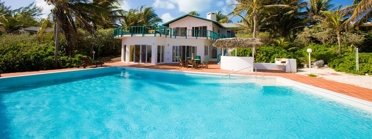 3 Bedroom Rainbow Villa with Pool - Stella Maris - Departamento