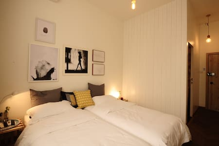 R5*Premium Twin Room IRIS HOUSE - ปักกิ่ง
