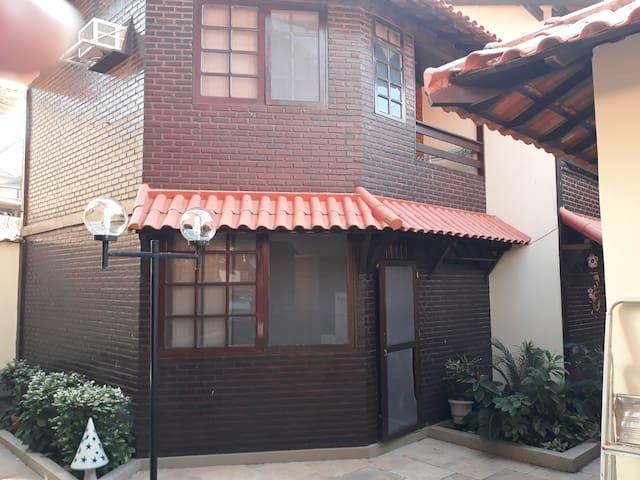 Condomínio Moradas de Itauna - Casa 9, com garagem