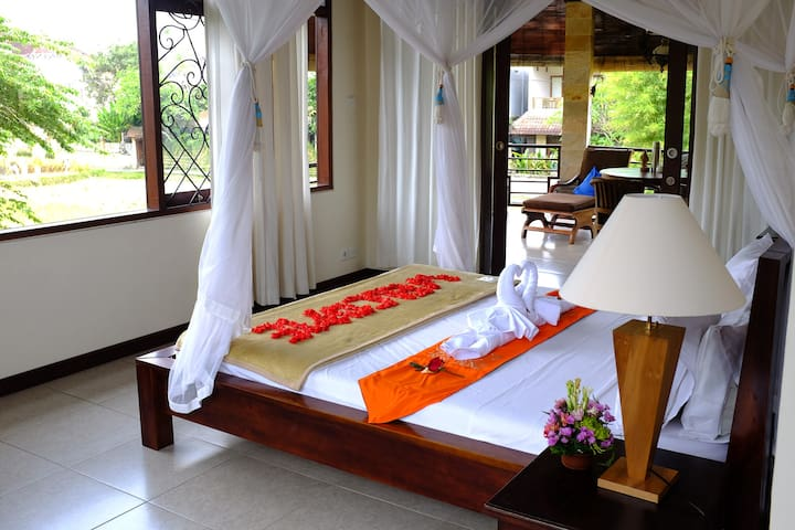 Double Bedroom Villa with Rice paddy view 1stFloor