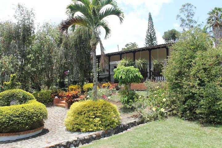 Casa campestre Rancho 4Js ( Pavas)